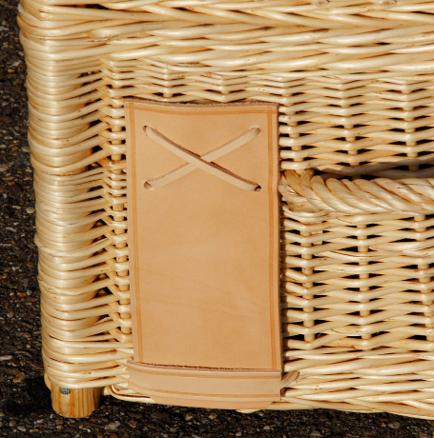 Roadluxe_Champagne_Gekühlter-Picknickkorb_4_Personen_Detail