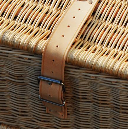 Roadluxe_Champagne_Gekühlter-Picknickkorb_4_Personen_Detail_2